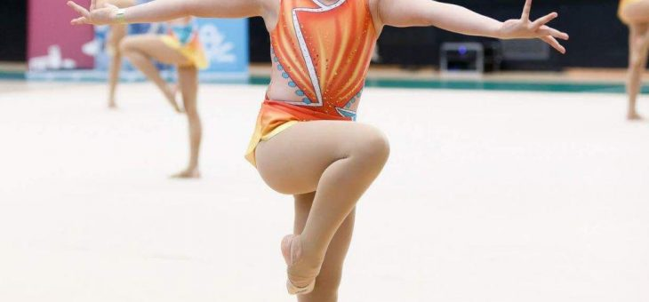 Kom och prova på estetisk truppgymnastik!